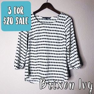 Brixon Ivy Clover pattern off white blouse top